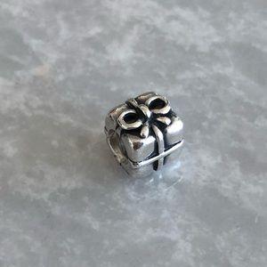Pandora Sterling Silver Gift Charm #790300